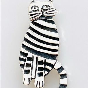 925 Sterling Silver Cat Pin Artisan 11.86g